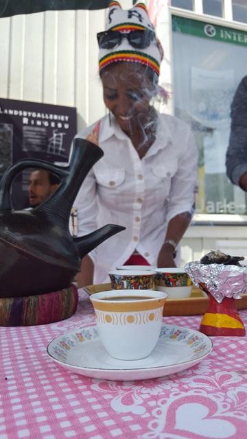 etiopisk kaffeservering